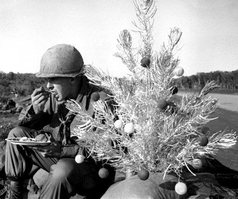 Bu_Dop_Christmas_1967
